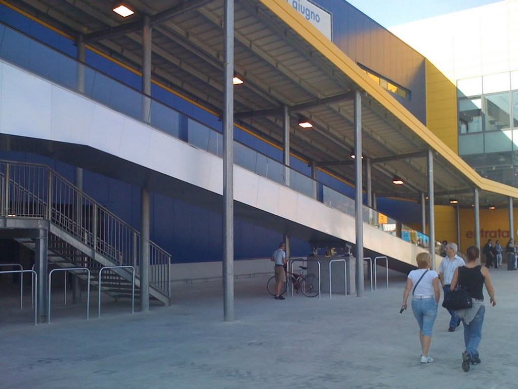 Ikea Torino Carpenteria Metallica F F T
